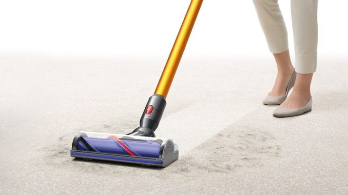 Vacuum Cleaners with Steam